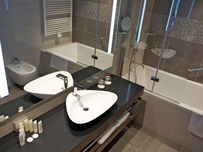 banje/rogaska/atlantida/soba-kopalnica-3.jpg