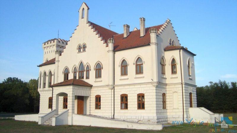dvorac-kapetanovo-stari-lec-3.jpg