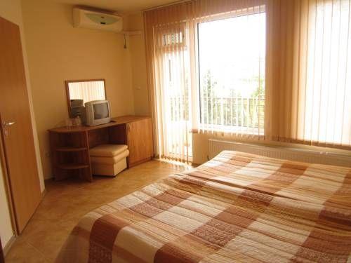 letovanje/bugarska/primorsko/yug/6primorsko-guest-house-yug-12.jpg