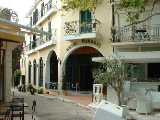 letovanje/grcka/kefalonija/mirabel/entrance-of-hotel-mirabel.jpg