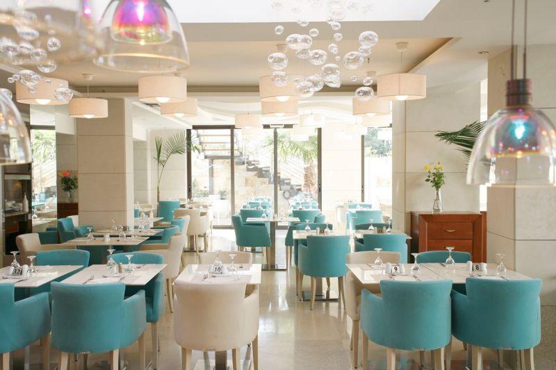 letovanje/grcka/krit/bglucky/glaros/main-restaurant2.jpg