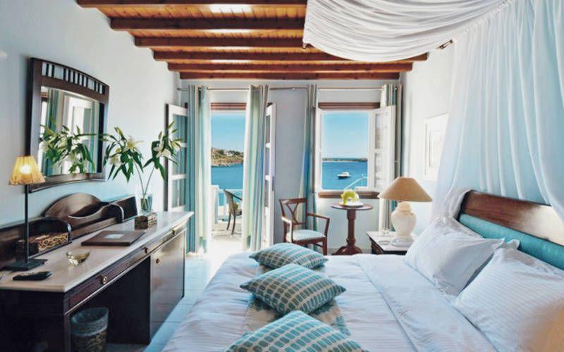 letovanje/grcka/mikonos/petinos/petinos-beach-hotel-35534628-1440153819-imagegallerylightbox.jpg