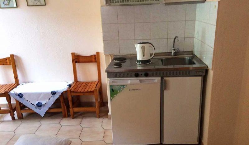 letovanje/grcka/parga/aqua/elpida/vila-elpida-kuhinja-grcka-aquatravel-1200x700.jpg
