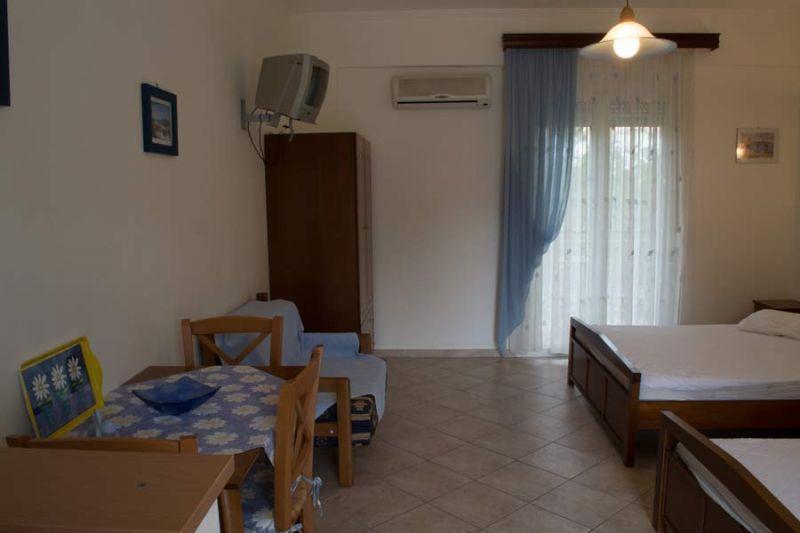 letovanje/grcka/sivota/bglucky/lutsis/grcka-sivota-apartmani-loutsis-10.jpg