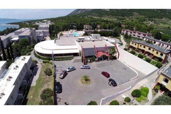 letovanje/hrvatska/brac/bonaca/hotel-bluesun-bonaca-brac-hrvaska-73117089.jpg