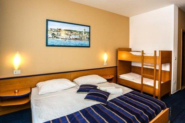 letovanje/hrvatska/krk/drazica/hotel-drazica-krk-hrvaska-10461117117.jpg
