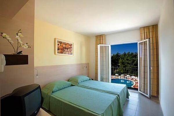 letovanje/hrvatska/pag/luna/hotel-luna-pag-hrvaska-297102012.jpg