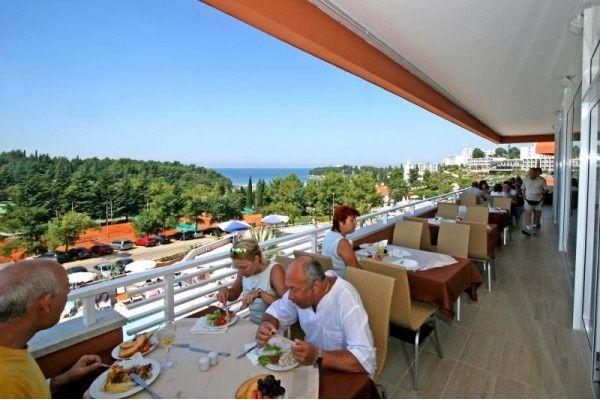 letovanje/hrvatska/porec/albatros/hotel-laguna-albatros-porec-hrvaska-236120387.jpg