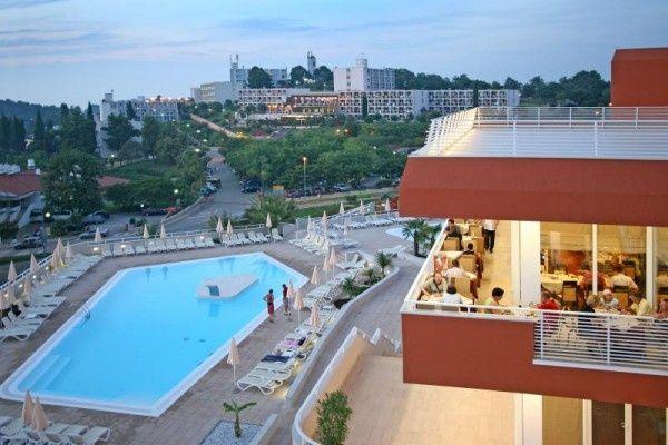 letovanje/hrvatska/porec/albatros/hotel-laguna-albatros-porec-hrvaska-236120390.jpg