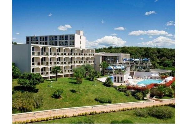 letovanje/hrvatska/porec/istra/hotel-laguna-istra-porec-hrvaska-248122420.jpg