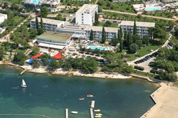 letovanje/hrvatska/porec/zorna/hotel-zorna-porec-hrvaska-243120377.jpg