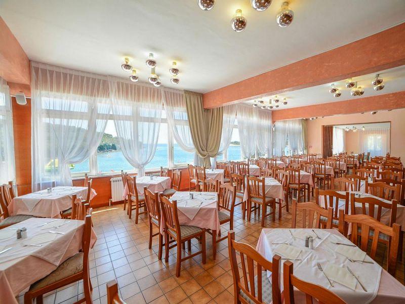 letovanje/hrvatska/pula/centinera/restaurant-2p-xl.jpg