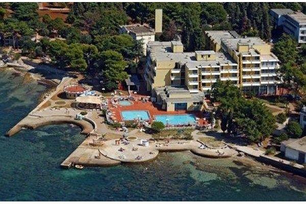 letovanje/hrvatska/umag/sipar/hotel-sipar-umag-hrvaska-196101382.jpg