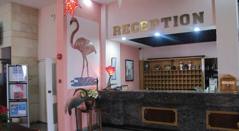 letovanje/kipar/larnaka/flamingo/14111265.jpg
