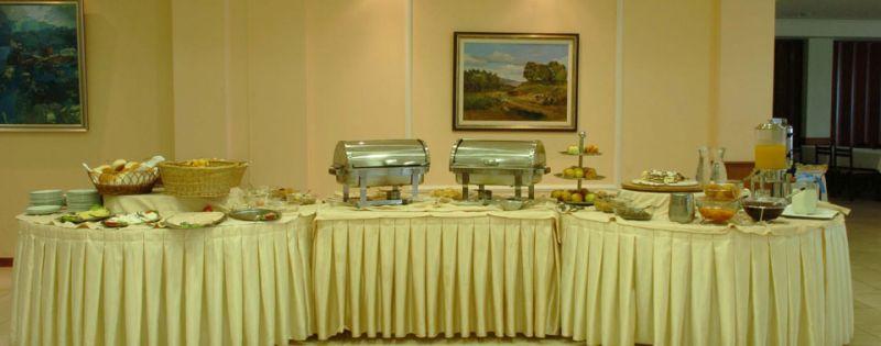 letovanje/ohrid/turist/open-buffet.jpg