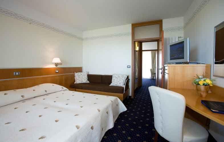 letovanje/slovenija/izola/hilaetum/san-simon-hotel-halietum-suite-1-1.jpg
