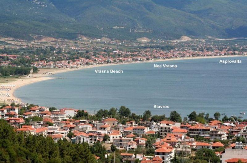 vrasna-beach.jpg