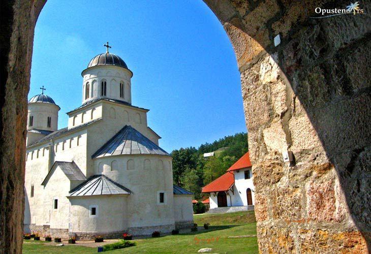 metropole/uvac/manastir-mileseva-7.jpg