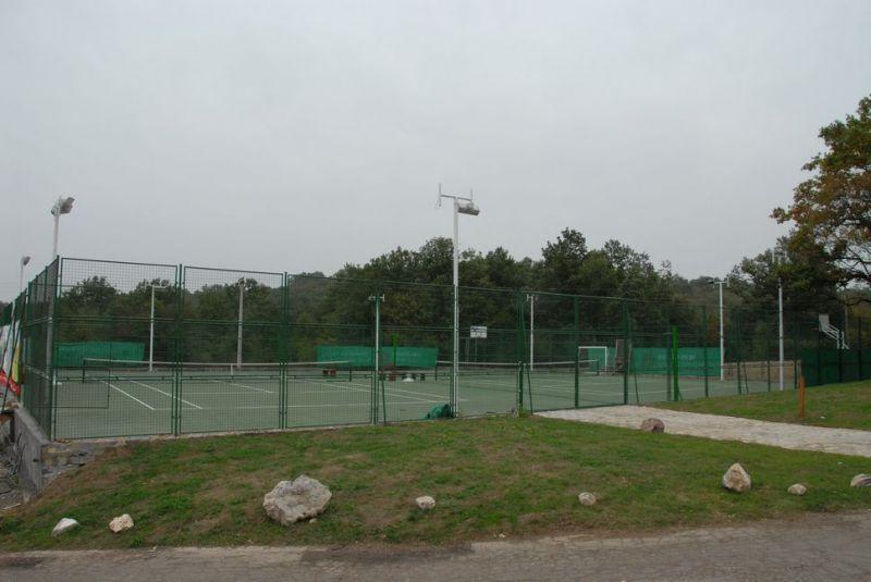 planine/rtanj/balasevic/1584461241-tereni-za-fudbal-i-tenis-02.jpg