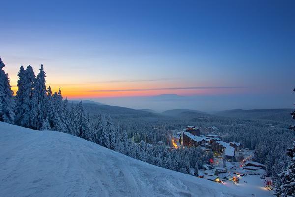zimovanje/bugarska/borovec/rila/rila-borovec-zima-skijanje-zimovanje-02.jpg