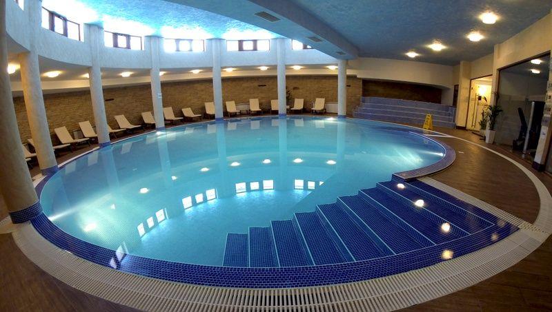 zimovanje/bugarska/pamporovo/orfej/pool-1-l.jpg