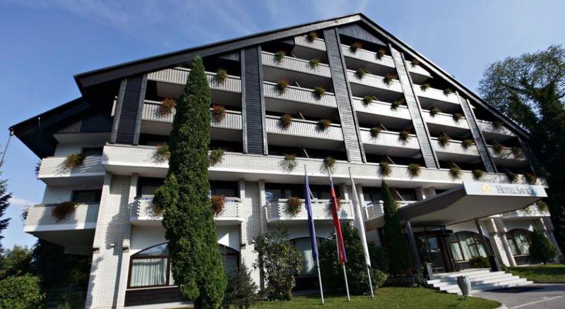 zimovanje/slovenija/bled/savica/7682495.jpg